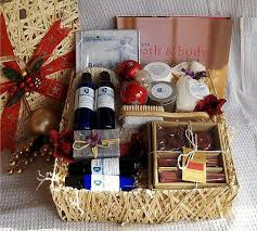 bath gift basket 35 creative diy gift basket ideas for this hative