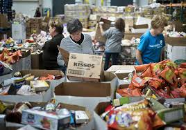 thanksgiving assistance thanksgiving food stamp cuts leave pantries struggling to meet