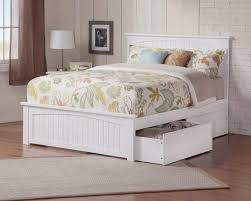 Nantucket Bedroom Furniture by Nantucket Platform Bed With Matching Footboard Endicott Home