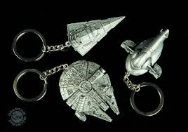 millennium star diamond apr142353 star wars millennium falcon replica keychain