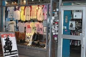 clothing stores best vintage clothing stores nyc has to offer for retro
