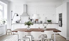 cuisine scandinave deco cuisine blanche et bois cuisine chic et classique en noir et