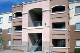 2 bedroom apartments in chandler az chandler gardens 300 e commonwealth ave chandler az 85225