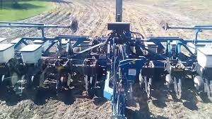 Kinze Planter Parts by 3600 Kinze Planter Lifting And Lowering Youtube