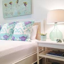 harbour cane white bed