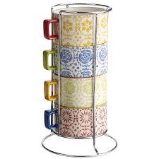 stacking coffee mugs the coffee table