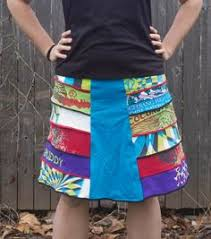 Upcycled Sweater Skirt - easy upcycled t shirt skirt shirt skirt upcycle and flipping