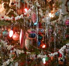 vintage christmas tree lights knickerbocker style design a very vintage christmas retro tree