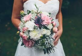 wedding flowers january wedding flowers by season in the uk easy weddings uk