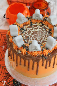 How To Decorate A Cake For Halloween Halloween Drip Cake Jane U0027s Patisserie