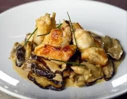 cuisiner des girolles recette de poulet aux girolles sauce cancoillotte recettes diététiques
