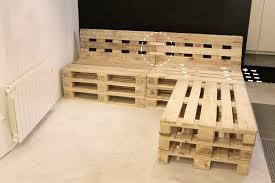canap en palette en bois cool canape en palette de bois id es d coration salle manger for