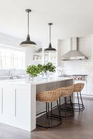 Kitchen Island Tables With Stools Best 25 Kitchen Island Decor Ideas On Pinterest Kitchen Island