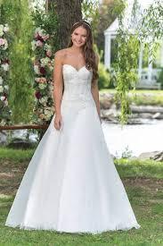 magasin de robe de mariã e lyon magasin avec robes de mariage traditionnelles à lyon 69 bellissima