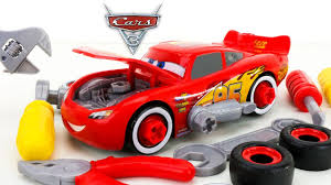 new disney cars 3 race ready lightning mcqueen tool set take apart