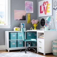 Teen Desk And Hutch Best 25 Corner Desk Ideas On Pinterest Corner Workstation Diy