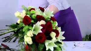 Roses Bouquet How To Make A Gorgeous Lilies U0026 Roses Bouquet Youtube