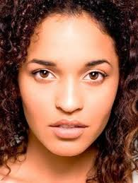 curly hair headshots images in london jessica blum model headshot photography curly hair african
