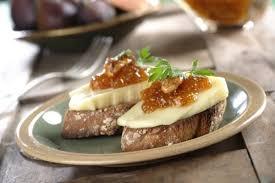 canap au fromage canapés à la confiture de figue noix et fromage cuisine déco