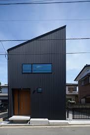 gandare house a narrow japanese home by ninkipen contemporary