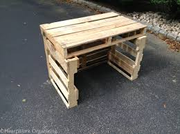 How To Make Patio Furniture Out Of Pallets by How To Build A Lemonade Stand From Pallets Heartworkorg Com