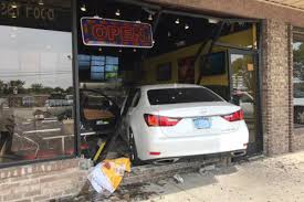 car crashes through window at neehee u0027s in canton eater detroit