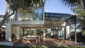 how a house designed like a tent won at the sunshine coast