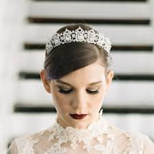 bridal hair accessories 5 of our favorite etsy shops for bridal hair accessories brides