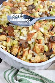 stuffing thanksgiving recipes best 20 classic stuffing recipe ideas on pinterest stuffing