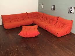 canapé ligne roset set de canapé togo orange en microfibre par michel ducaroy pour