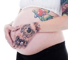 using tattoos as a way to cover stretch marks