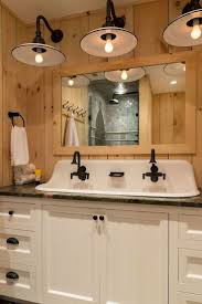 Bathroom Makeover Ideas On A Budget Best 25 Small Vintage Bathroom Ideas On Pinterest Small Style