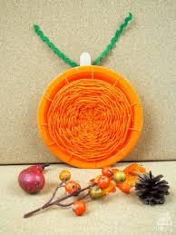 pumpkin paper plate weaving mum in the madhouse