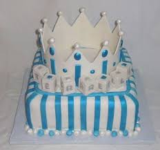 baby shower crown for boy fondant cake main view