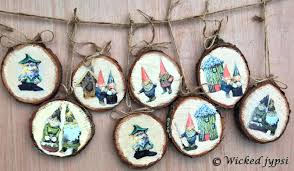 sliced wood ornaments year