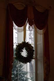 white house christmas wreath in a north window michelle obama