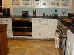 Kitchen Oven Cabinets by Alignment Of Wall And Base Cabinets