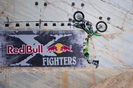 red bull freestyle motocross remi bizouard talks red bull x fighters pretoria fmx lw mag