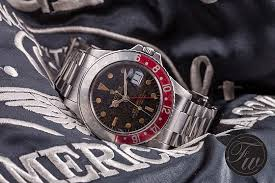 rolex black friday pros u0026 cons buying new vs vintage rolex watches u203a watchtime