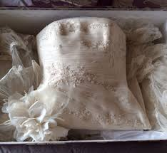 wedding dress cleaning and boxing wedding dress cleaning and boxing wedding dresses