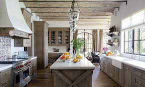 chic and fabulous rustic modern farmhouse with distressed wood
