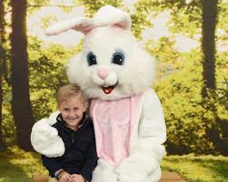 free pictures with the easter bunny a giveaway from portrait