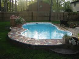 new pool proj flagstoning around and on my fiberglass pool