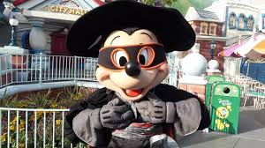 zorro halloween mickey mouse in zorro costume meet u0026 greet at mickey u0027s halloween