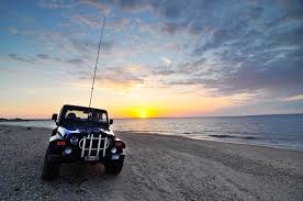beach jeep surf montauk surfcasting montauk surfmasters striped bass fishing
