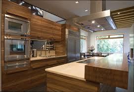 cuisine en bois design cuisine en bois design finest cuisine en bois merisier modle shaker