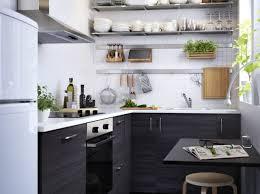 ikea decoration cuisine cuisine avec rangements en hauteur ikea cuisine