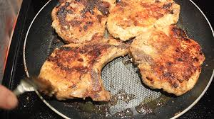 how to bbq bone in pork chops in a frying pan easy youtube