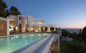 large luxury homes luxury homes market attracts foreign companies and investors