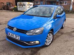 volkswagen polo highline interior 2015 2015 volkswagen polo blue 1 2 tsi engine 1 year mot cat d low